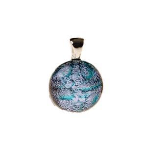 Handgemaakte ronde glashanger met zilver glas en een fijne groene tekening